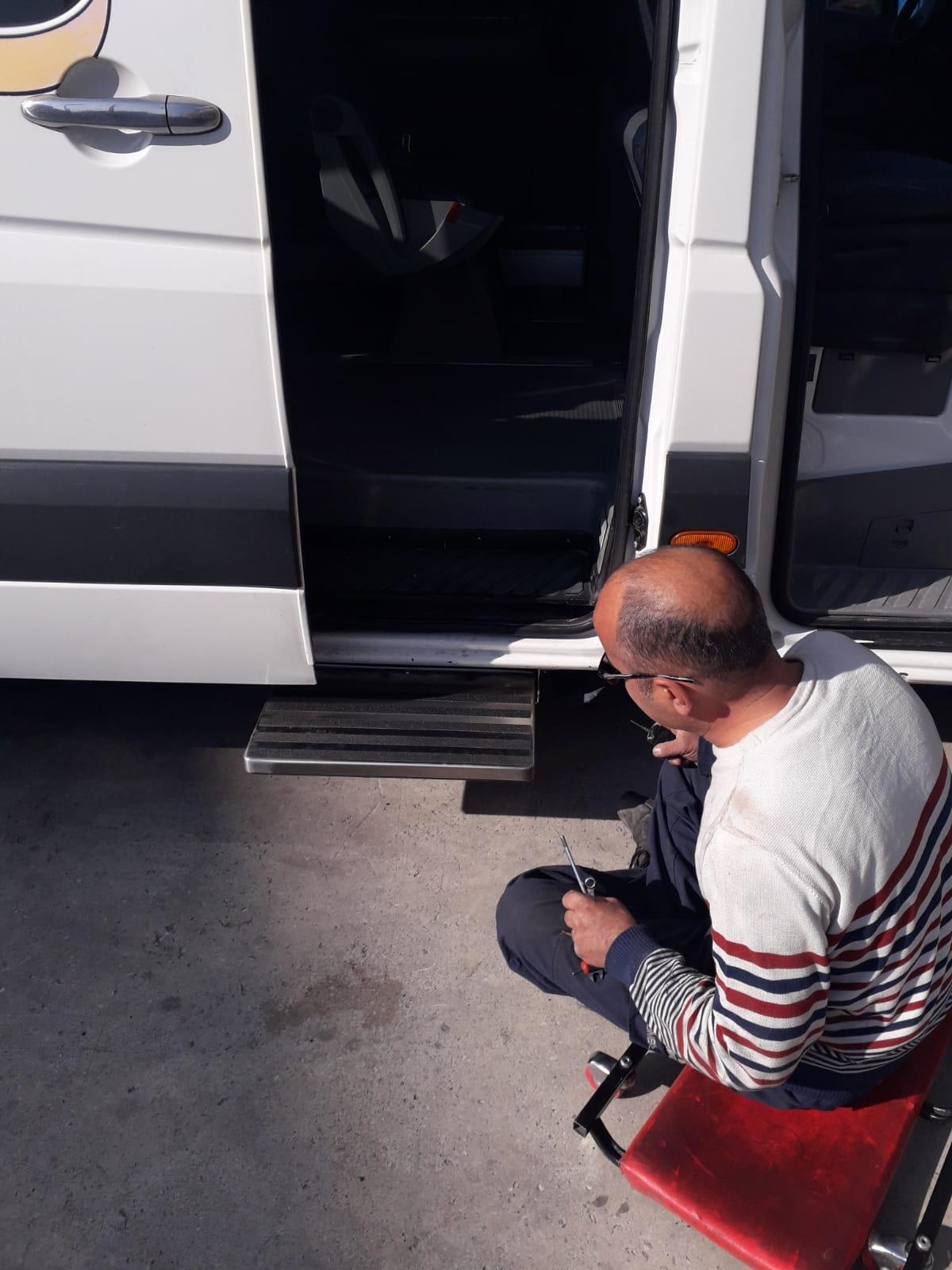 Kayar Basamak sistemi montajı tamiri tadilatı Ankara: USTA MÜHENDİSLİK